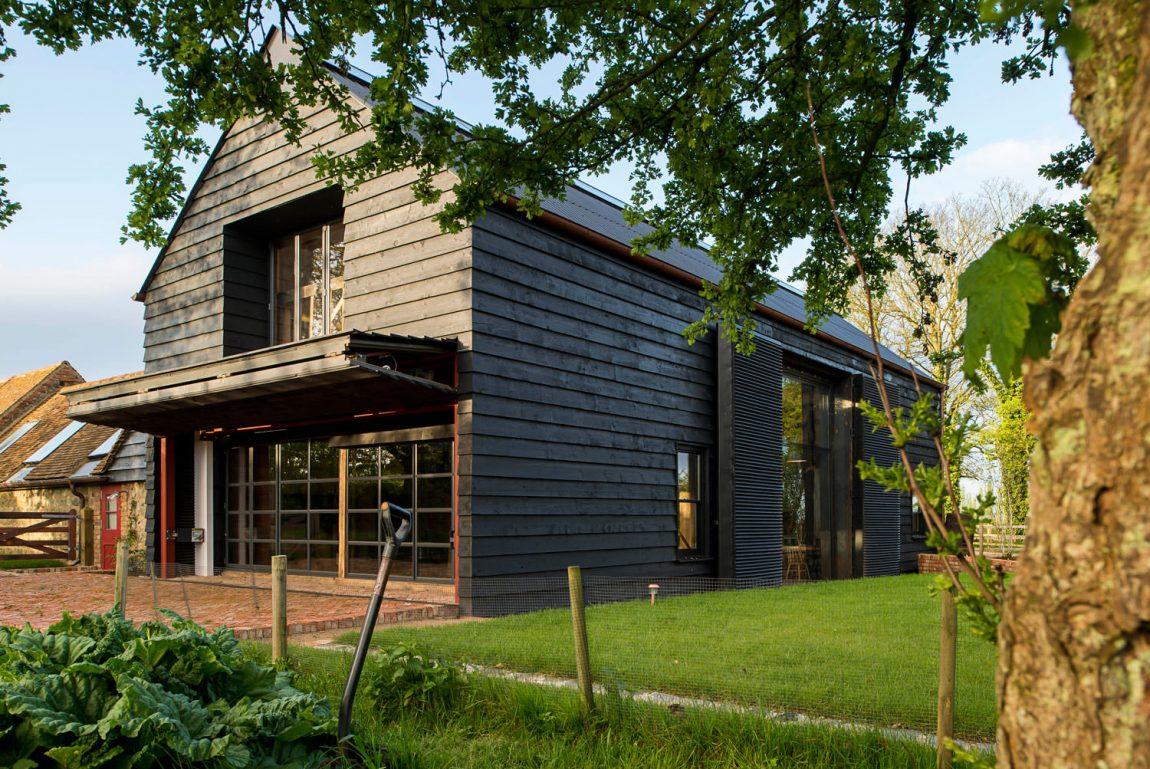 Gerenoveerde landelijke woonboerderij van John & Deborah