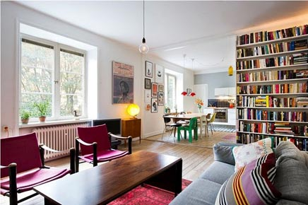 Renoviert Wohnzimmer mit originellen Details
