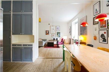 Gerenoveerde woonkamer met originele details