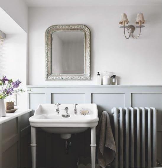 10x Gietijzeren radiator in de klassieke badkamer | Inrichting-huis.com