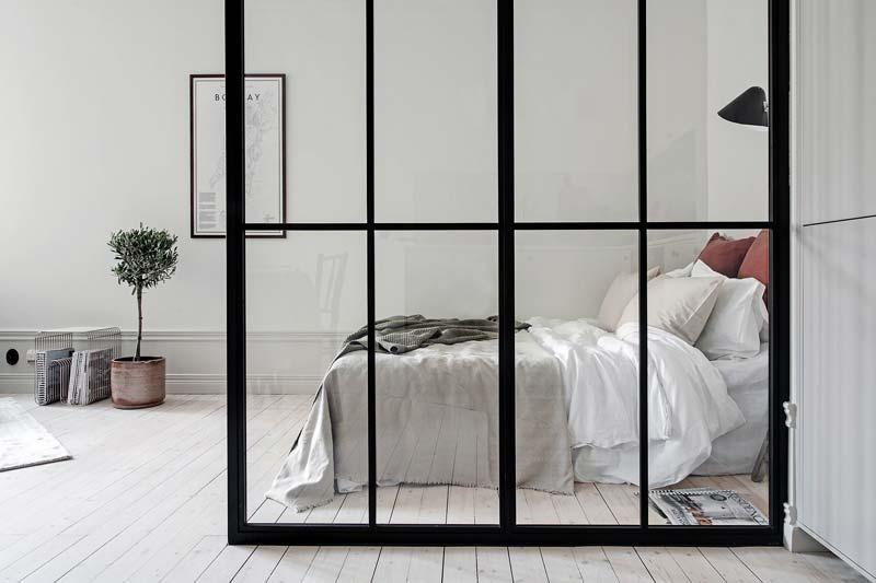 glazen scheidingswand slaapkamer