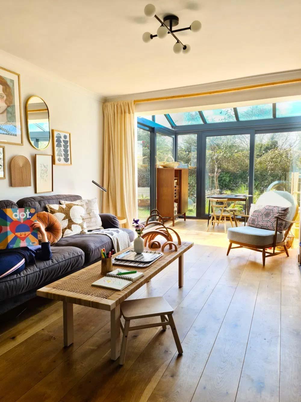 glazen uitbouw woonkamer