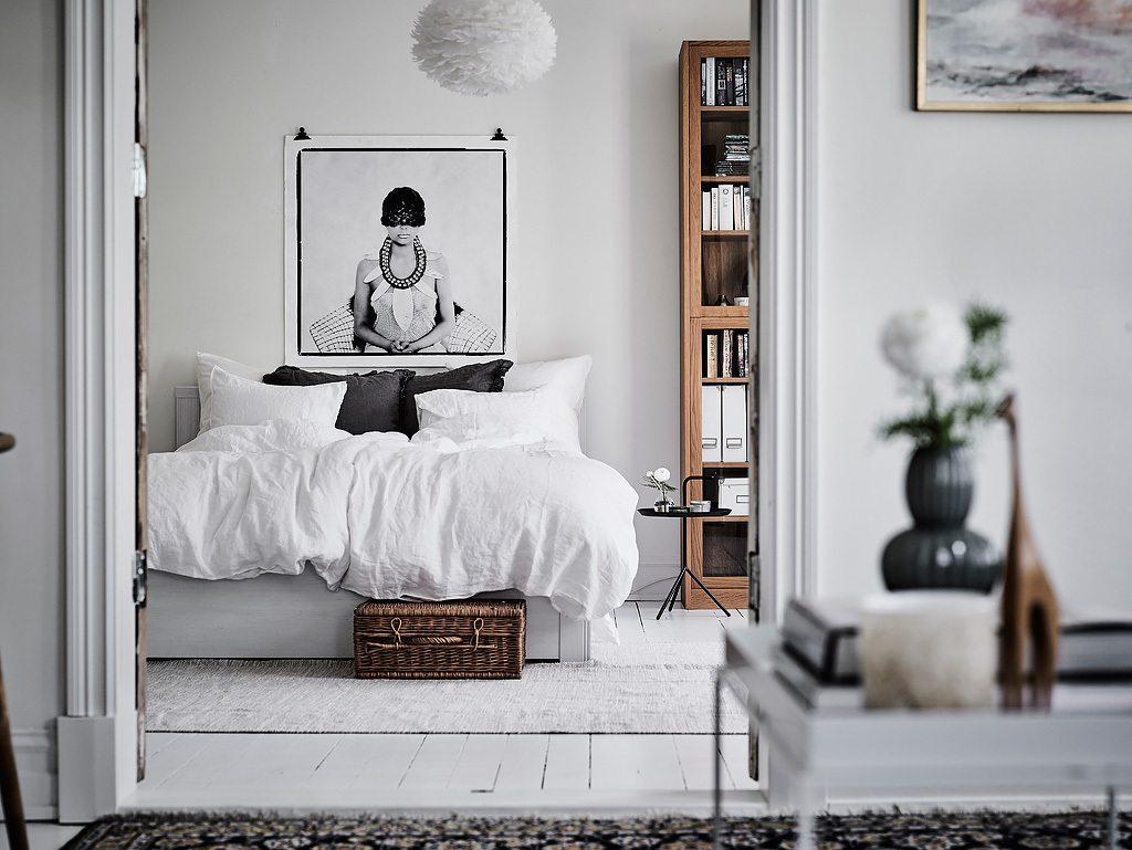 Uitzonderlijk Grote lichte slaapkamer met leeshoek | Inrichting-huis.com @XS31