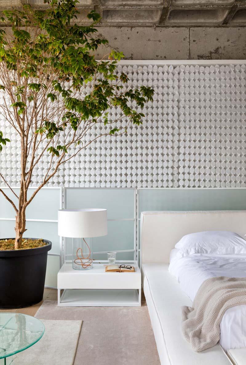 grote plant in slaapkamer