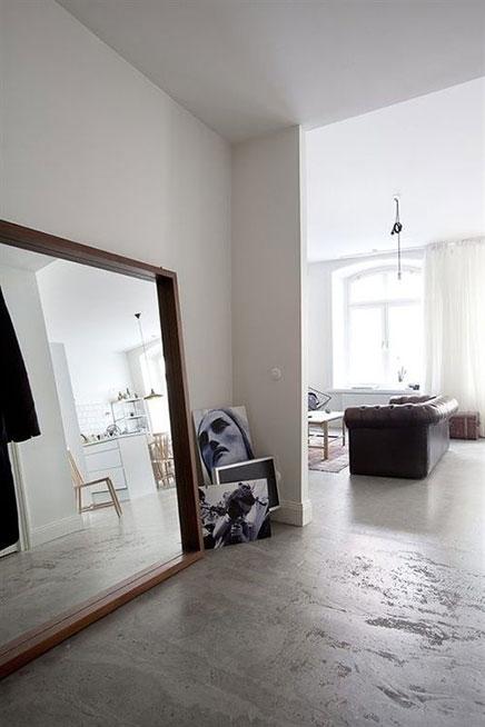 Voorkeur Grote spiegel op de vloer | Inrichting-huis.com #WV56