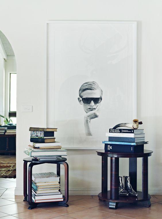 Grote zwart wit foto aan de muur