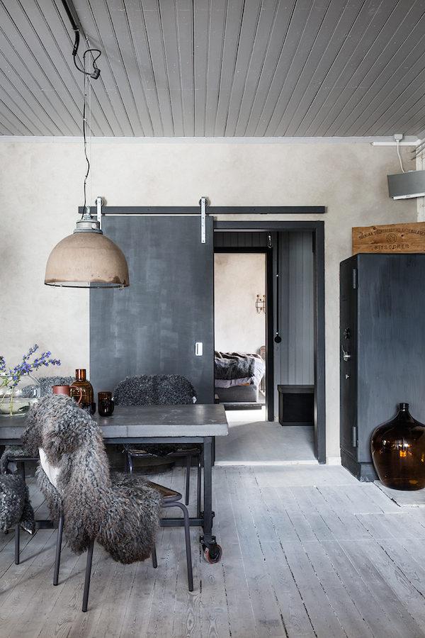 Binnenkijken in een industrieel pand inrichting for Interieur styling