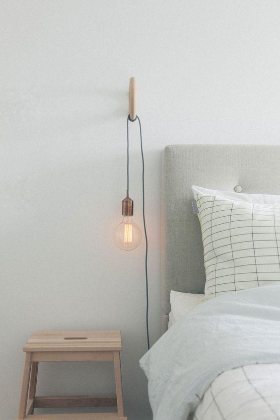 Hanglamp aan de muur inrichting for Bed in de muur