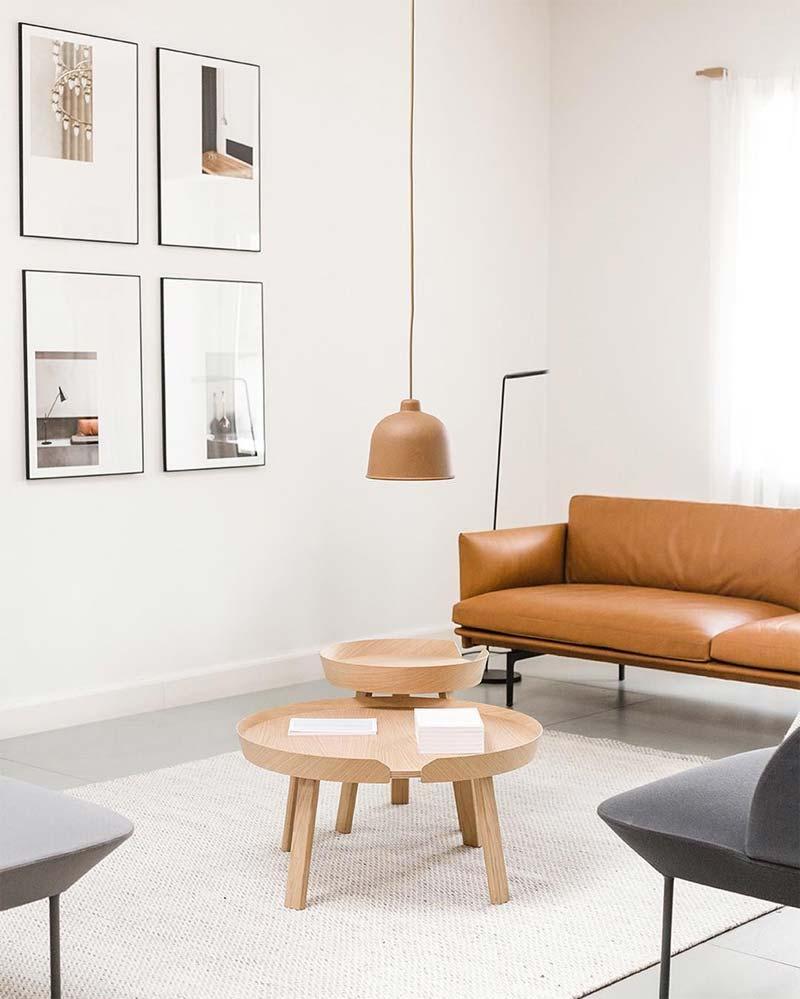 Hanglamp boven salontafel