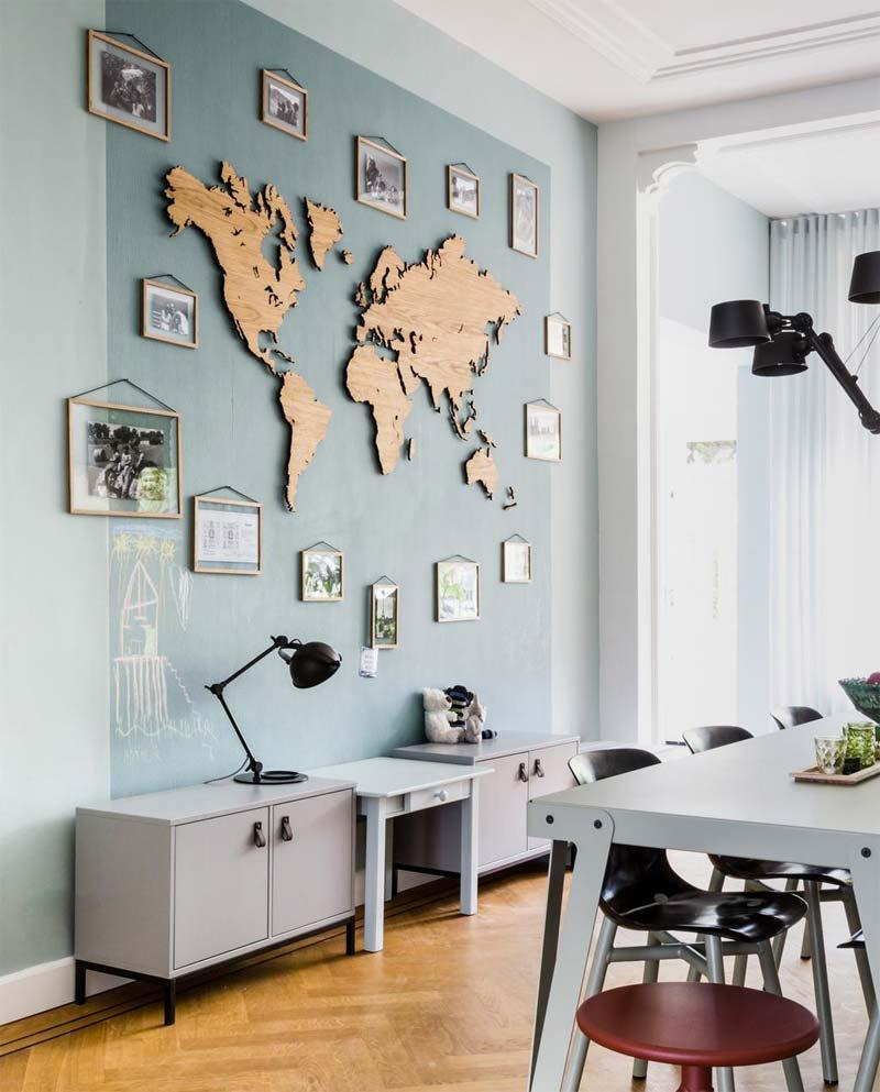 houten details interieur houten wereldkaart