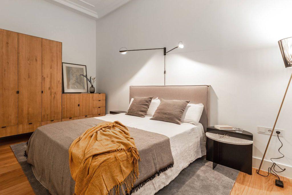 houten kledingkast slaapkamer