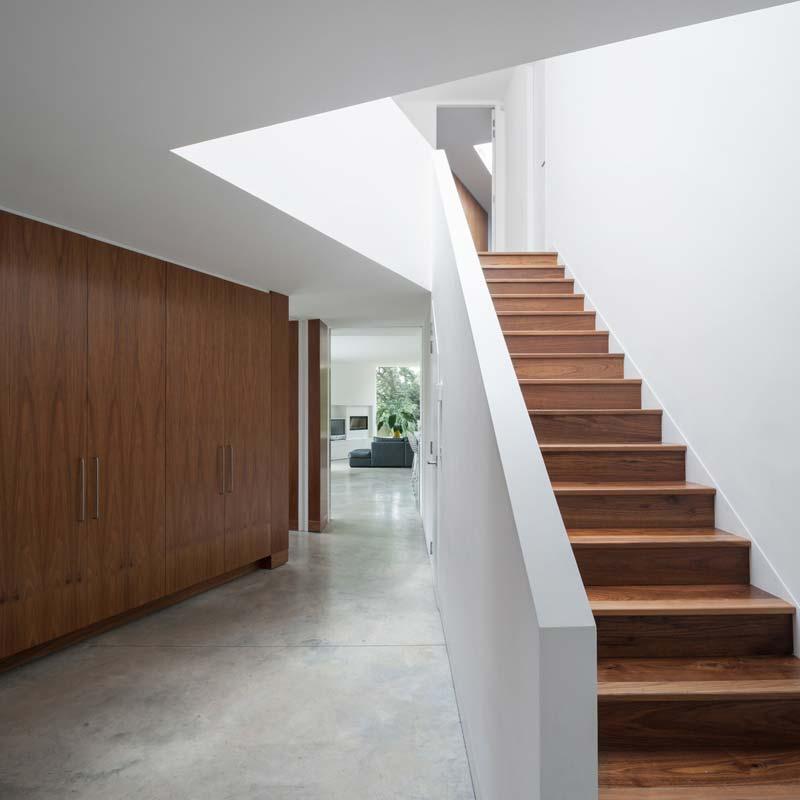 houten trap betonnen vloer