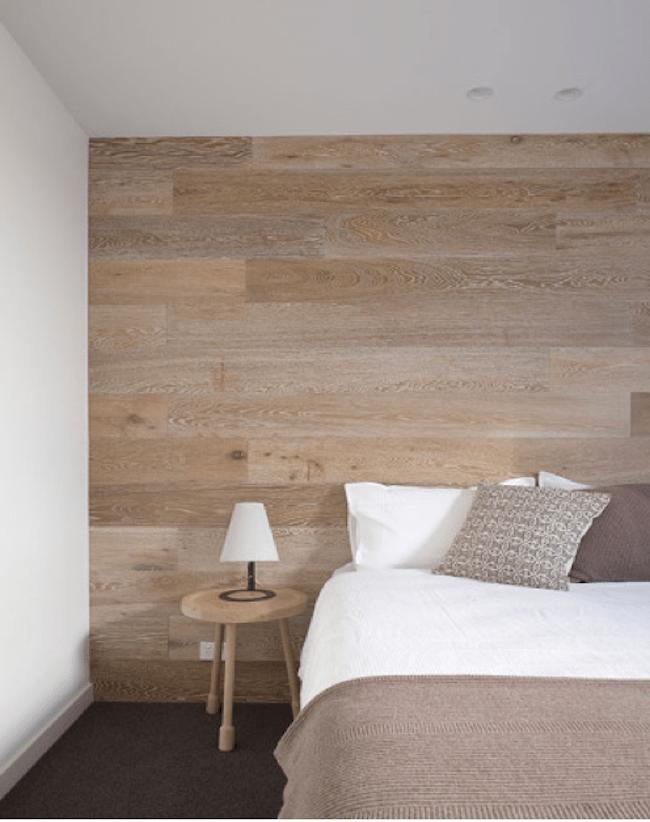 houten-wand-slaapkamer