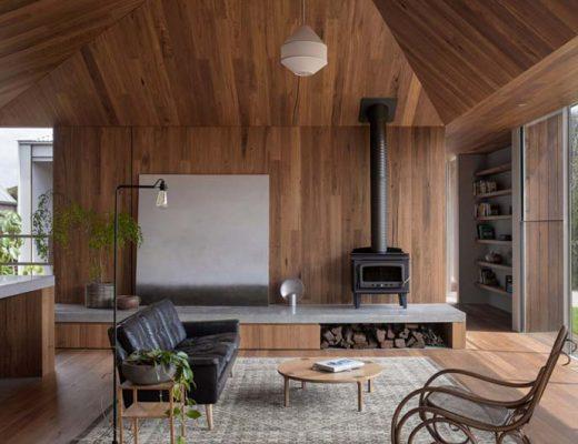 houtkachel op meubel