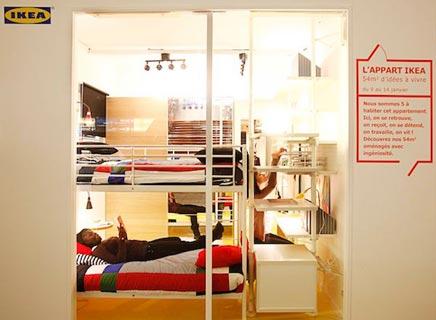 IKEA guerilla op Auber Parijs