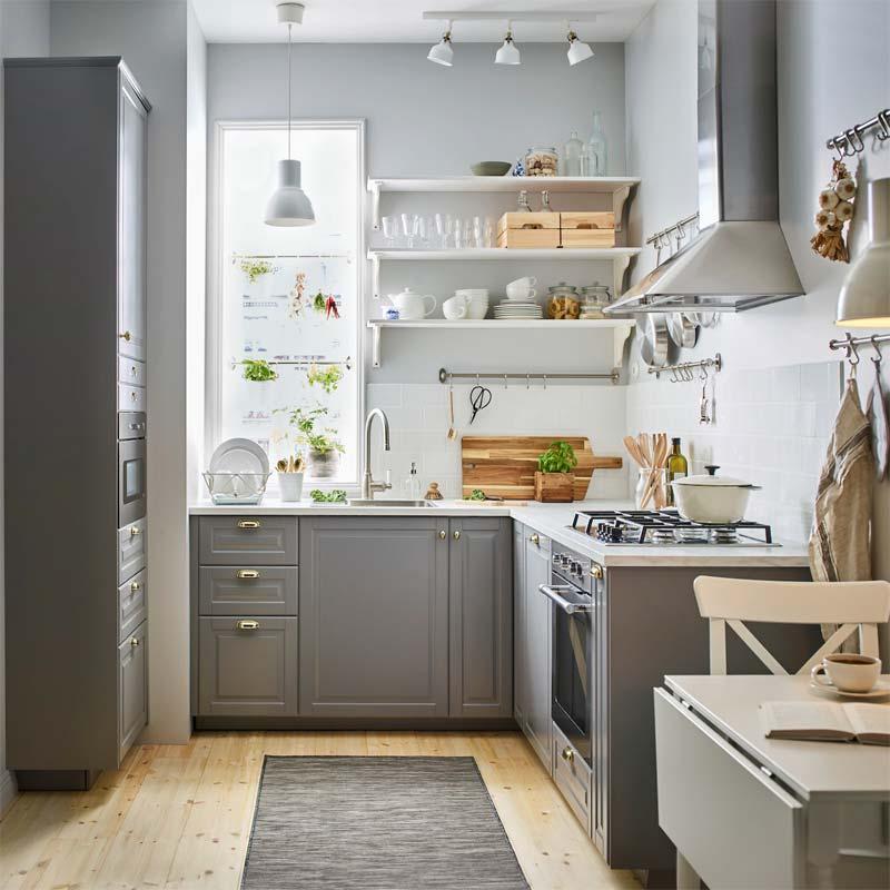 Klassieke grijze IKEA keukens