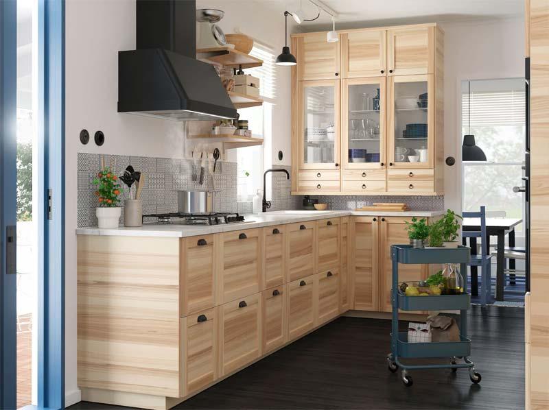 Landelijke houten IKEA keukens