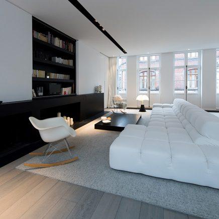 Inbouwkast in moderne woonkamer
