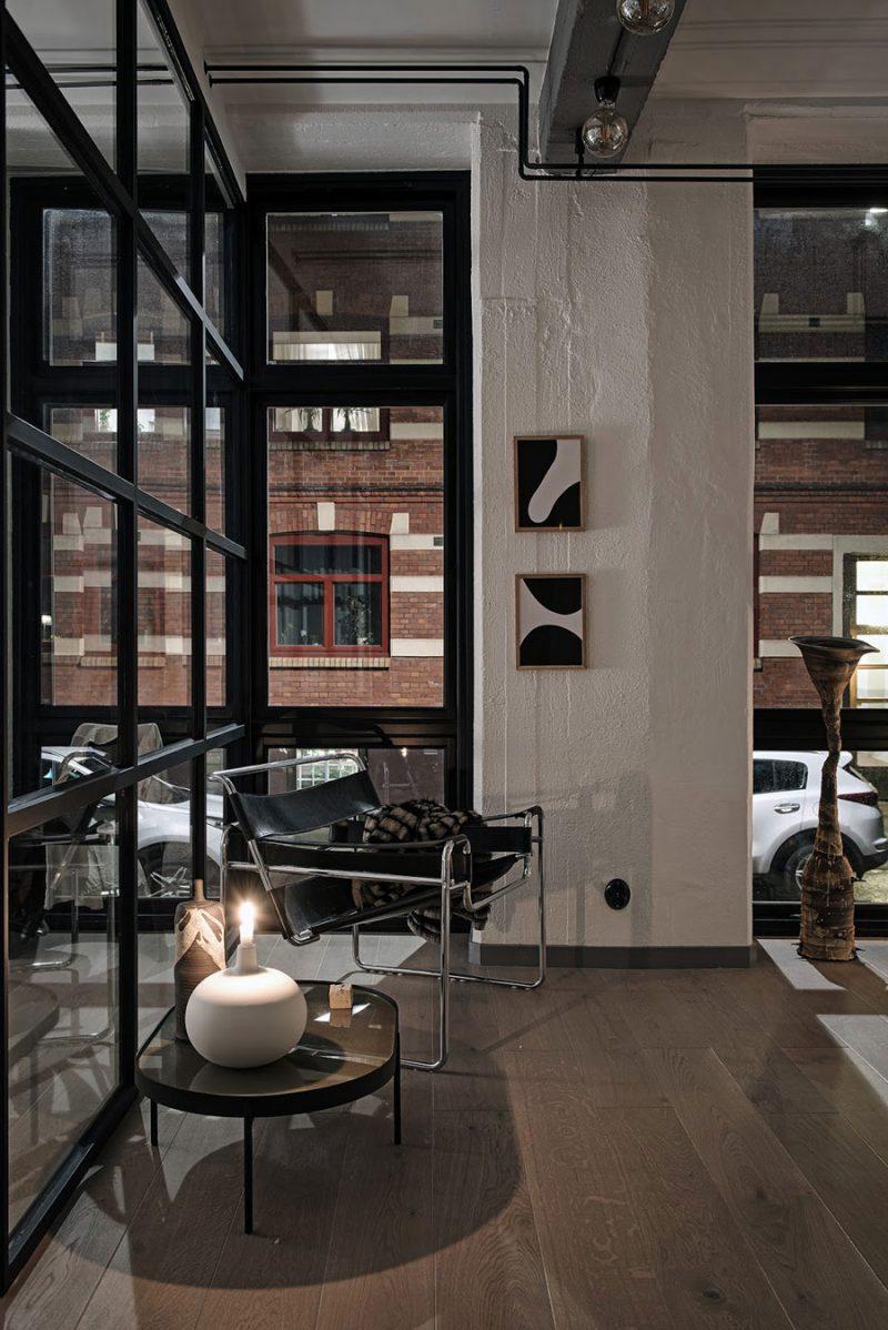Industrieel loft appartement van 58me in een voormalig fabriek
