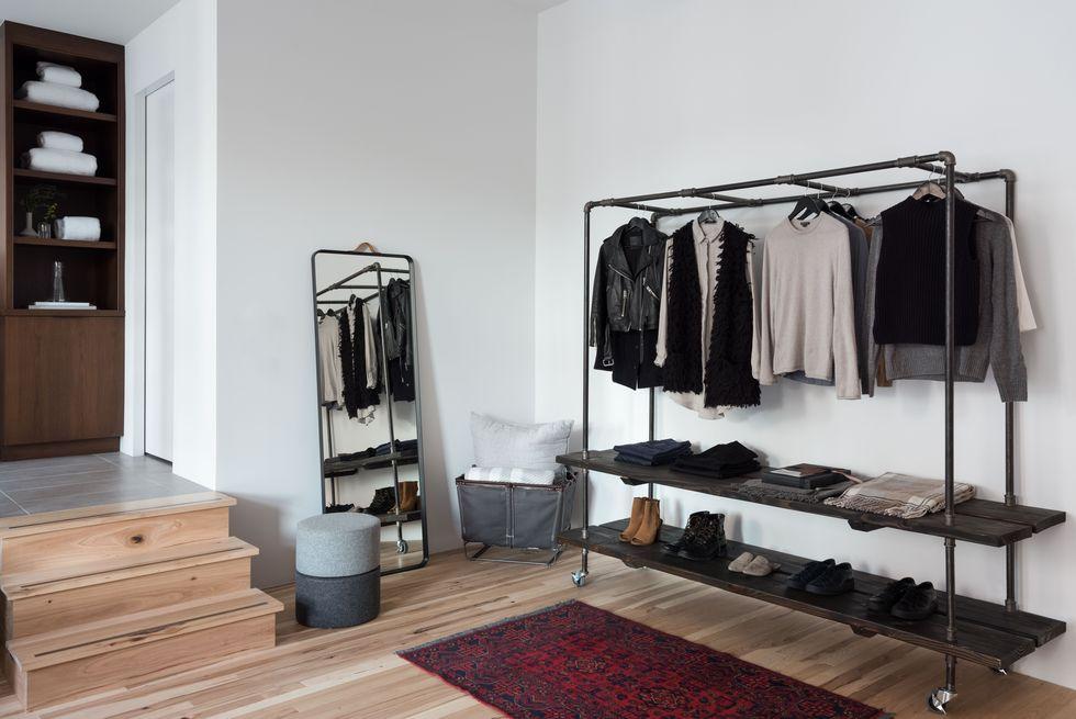 Industriële kledingrek