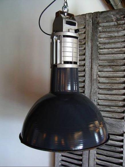 Unieke MAZDA industriu00eble jaren 50 fabriekslamp : Inrichting-huis.com