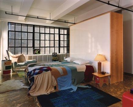 Industriele slaapkamer van Frank & Amy