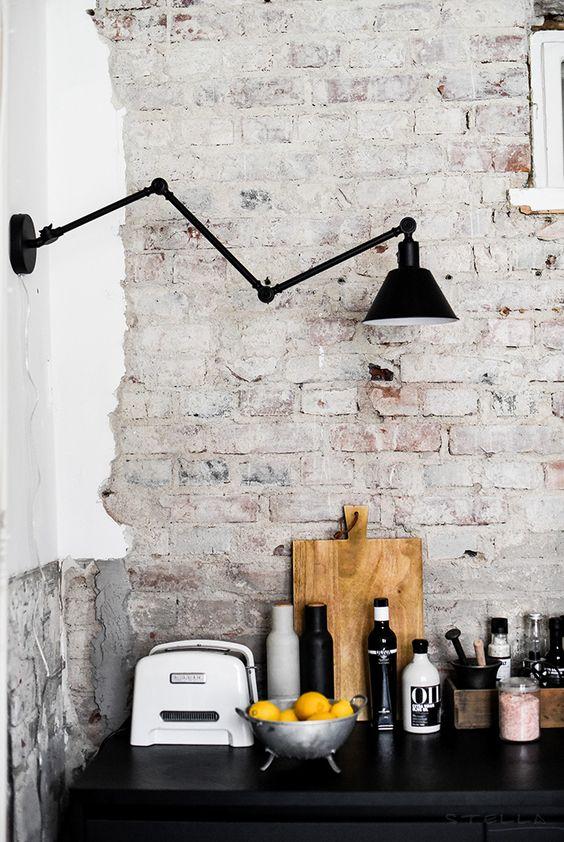 8x stijlvol metaal in de keuken inrichting for Stoere industriele wandlampen