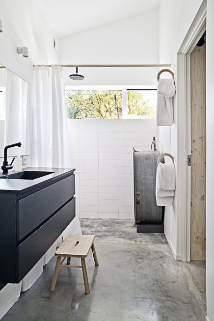 Badkamer In Slaapkamer Vocht: Bakstenen in de badkamer vocht vermijden ...