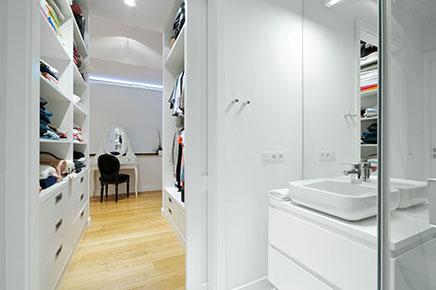 inloopkast van een luxe penthouse  inrichtinghuis, Meubels Ideeën