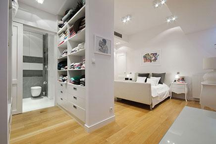 Inloopkast van een luxe penthouse