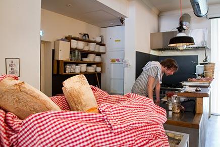 Interieur ontbijt en lunch restaurant Klippkroog