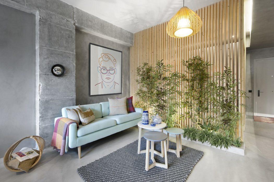 Het interieurontwerp van dit kleine appartement is erg inspirerend