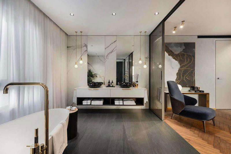 Interieurontwerpster Moran Gozali heeft deze luxe droombadkamer ontworpen!