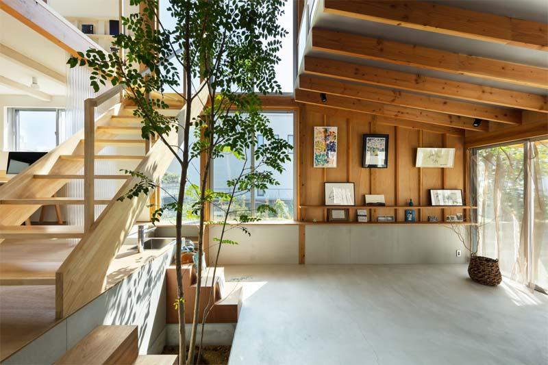 Een interieurontwerp gerealiseerd door Yukawa design lab, waar natuurlijke materialen prachtig zijn gecombineerd.