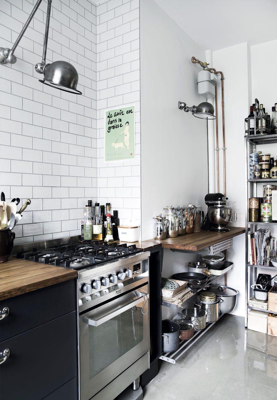 Jeanne koos voor een combinatie van een rauwe industriële en een gezellige keuken