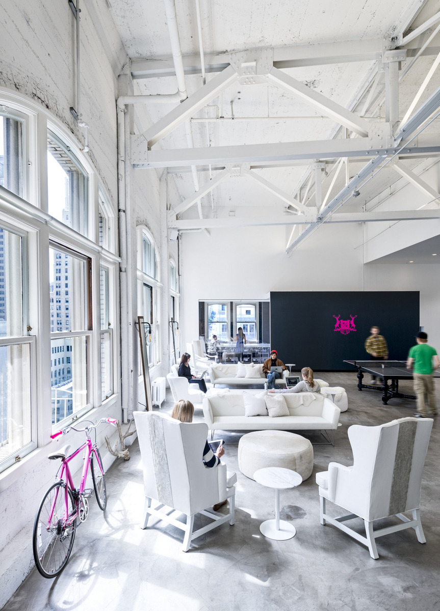 kantoor inrichten tips ontspanning - tafeltennis