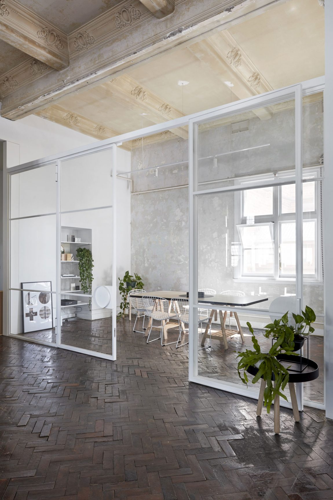 kantoor inrichten tips vergaderruimte glazen wanden