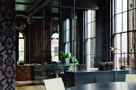 Kantoor ontwerp met gothic sfeer inrichting - Ontwerp huis kantoor ...