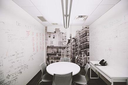 Kantoor ontwerp van marketing bedrijf Sailthru