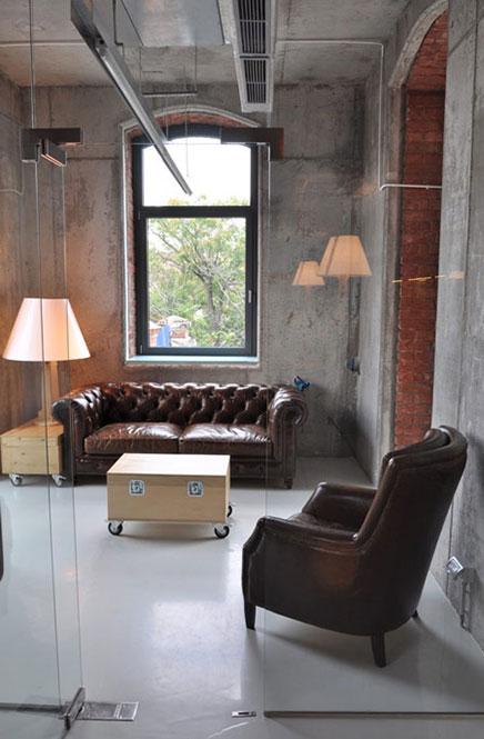 kantoor van reclamebureau headvertising inrichting. Black Bedroom Furniture Sets. Home Design Ideas