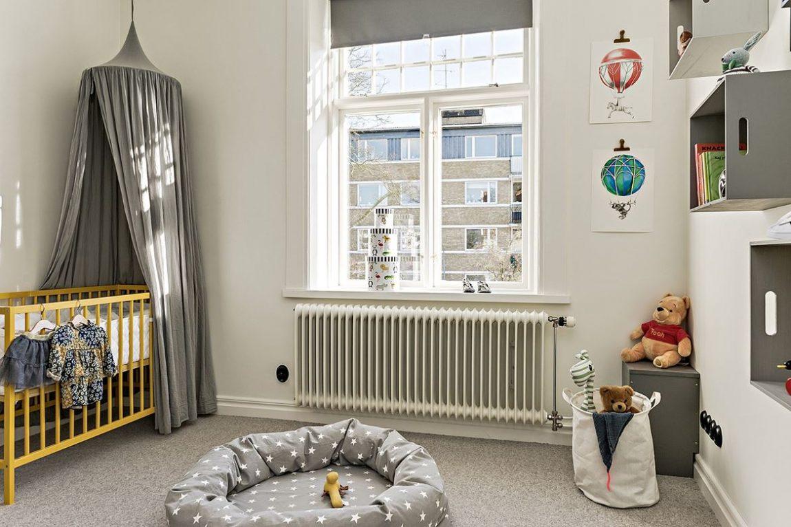 Dit karakteristiek appartement heeft een mooi klassiek vintage tintje gekregen!