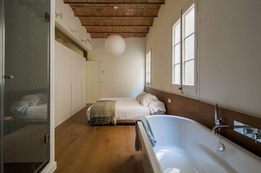 karakteristieke-loft-slaapkamer-badkamer-suite-2
