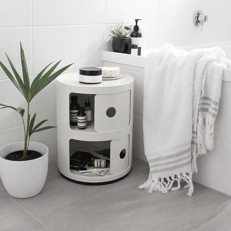 kartell-componibili-kast-badkamer