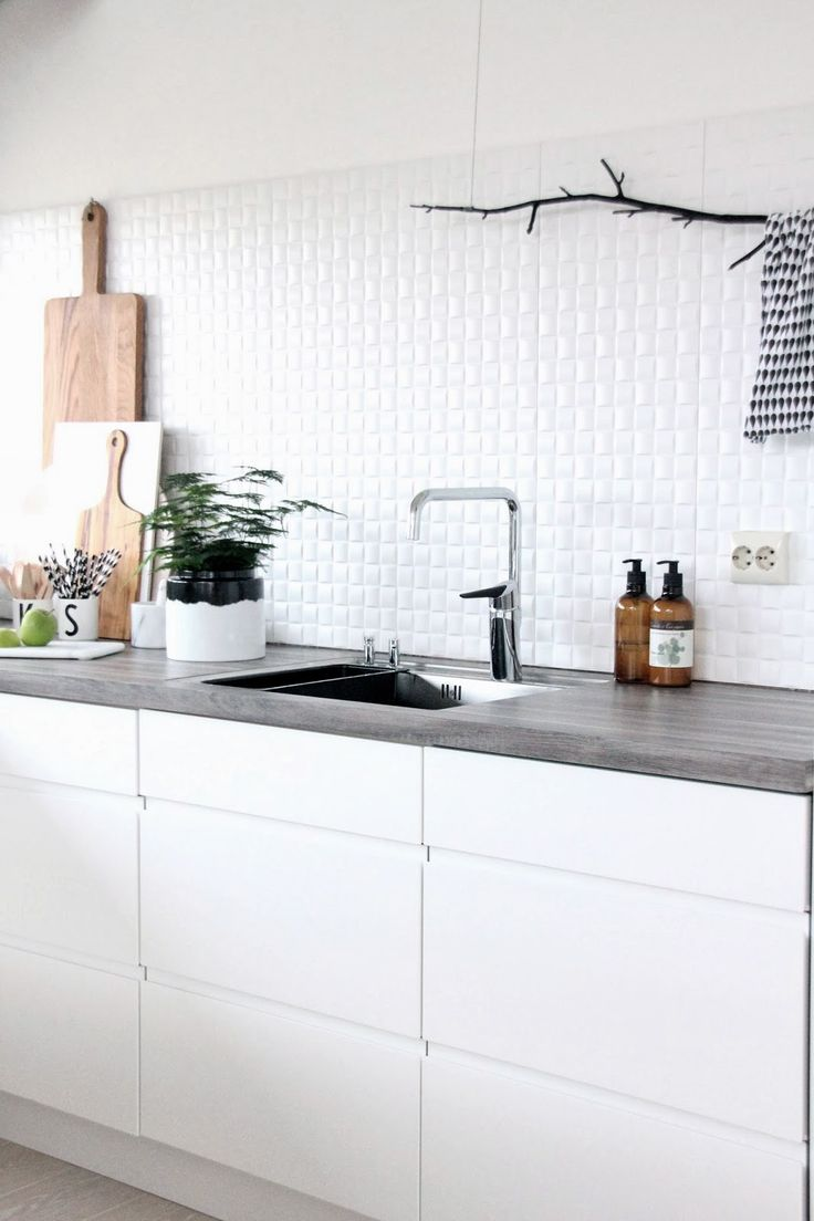 Keuken Aanrecht Achterwand : White Kitchen Tiles