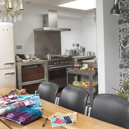 Küche mit beton Arbeitsplatte