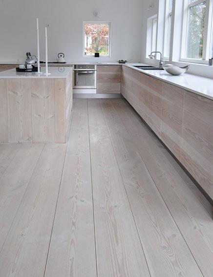 Robuuste Houten Keuken : Keuken van houten vloerdelen Inrichting-huis.com