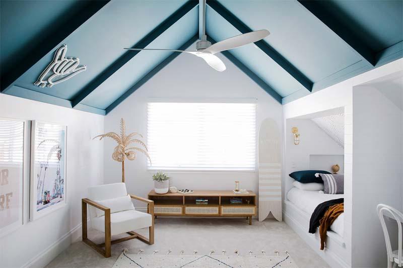 kinderkamer inrichten tips plafond kleur
