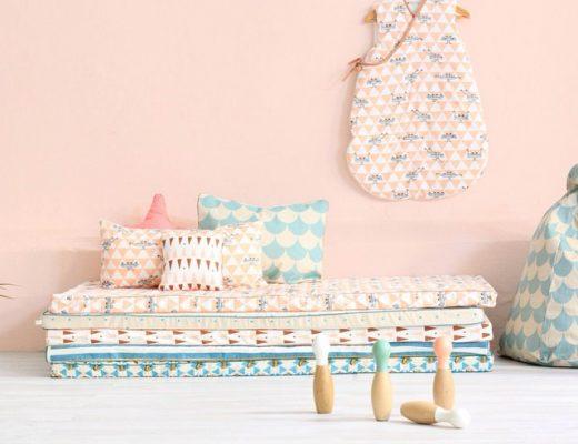 Kinderkamer Lounge van stapels matrassen