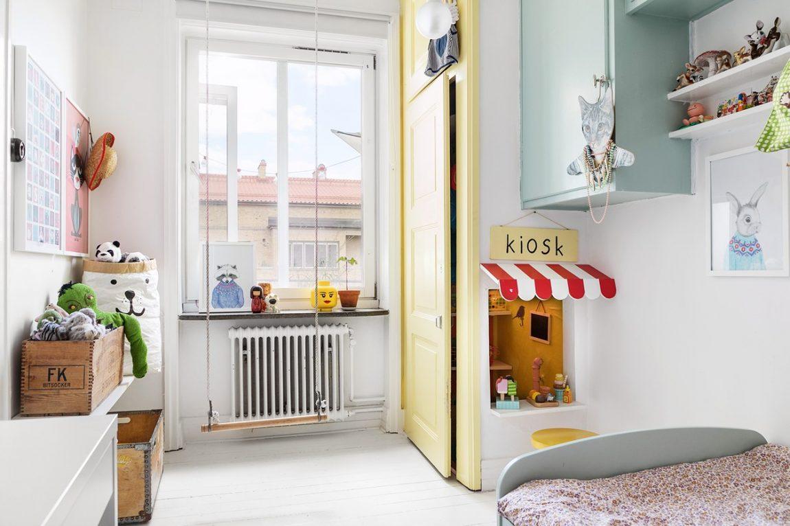 Kinderkamer met pastelkleuren