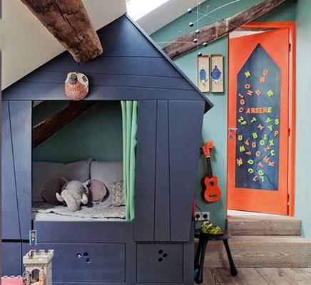 Kinderkamer op zolder van Arsene